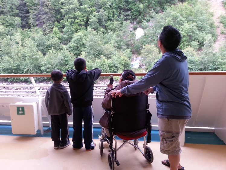 gung and kids on cruise