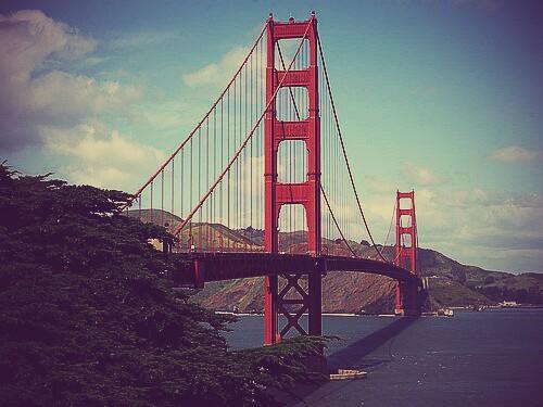 golden-gate-bridge-in-san-francisco~2